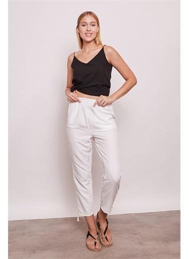 Jument İç Göstermez Viskon Poplin Beli Lastikli Cepli Paçası Büzgülü Rahat Pantolon -Mint Beyaz